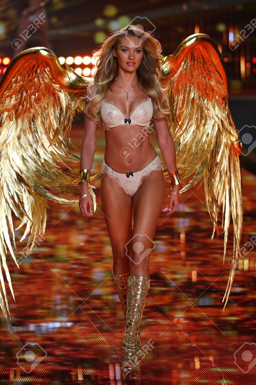 Swanepoel victoria secret model candice