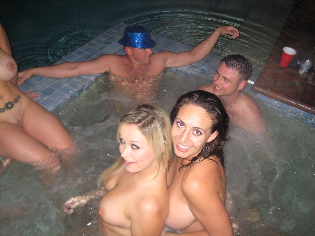 Tub sex party hot nude
