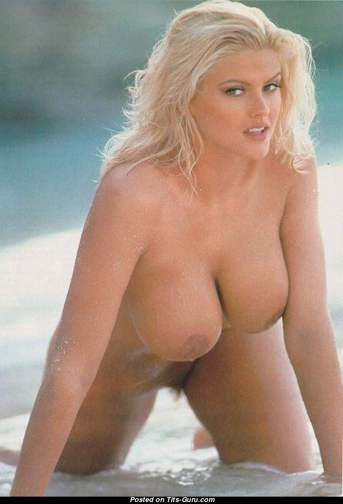 Nude smith big anna nicole tits
